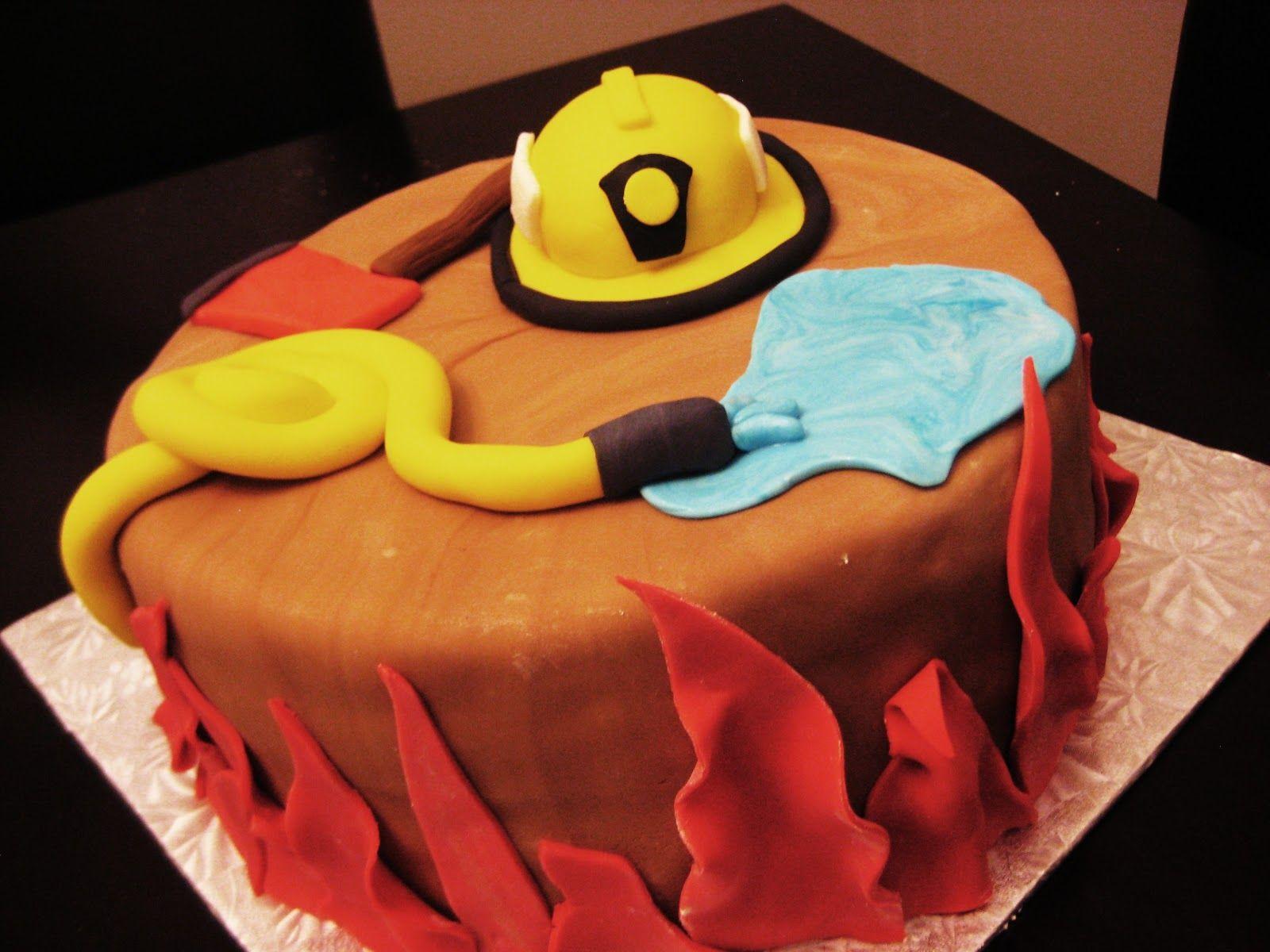 Fireman cake g teau pour pompier birthday party - Deco anniversaire pompier ...