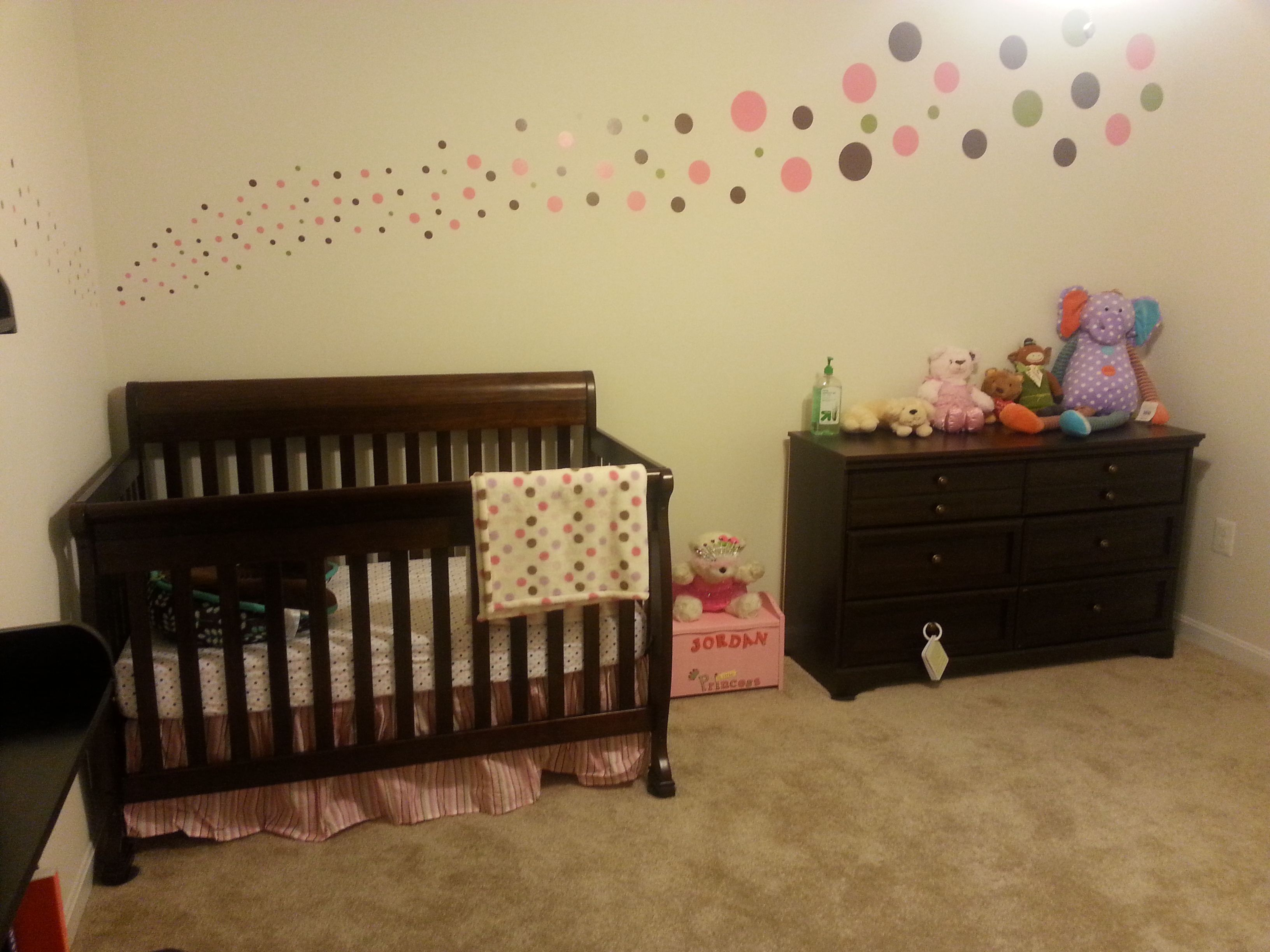 Polka dot nursery decor. | Baby girl | Pinterest | Polka dot nursery ...