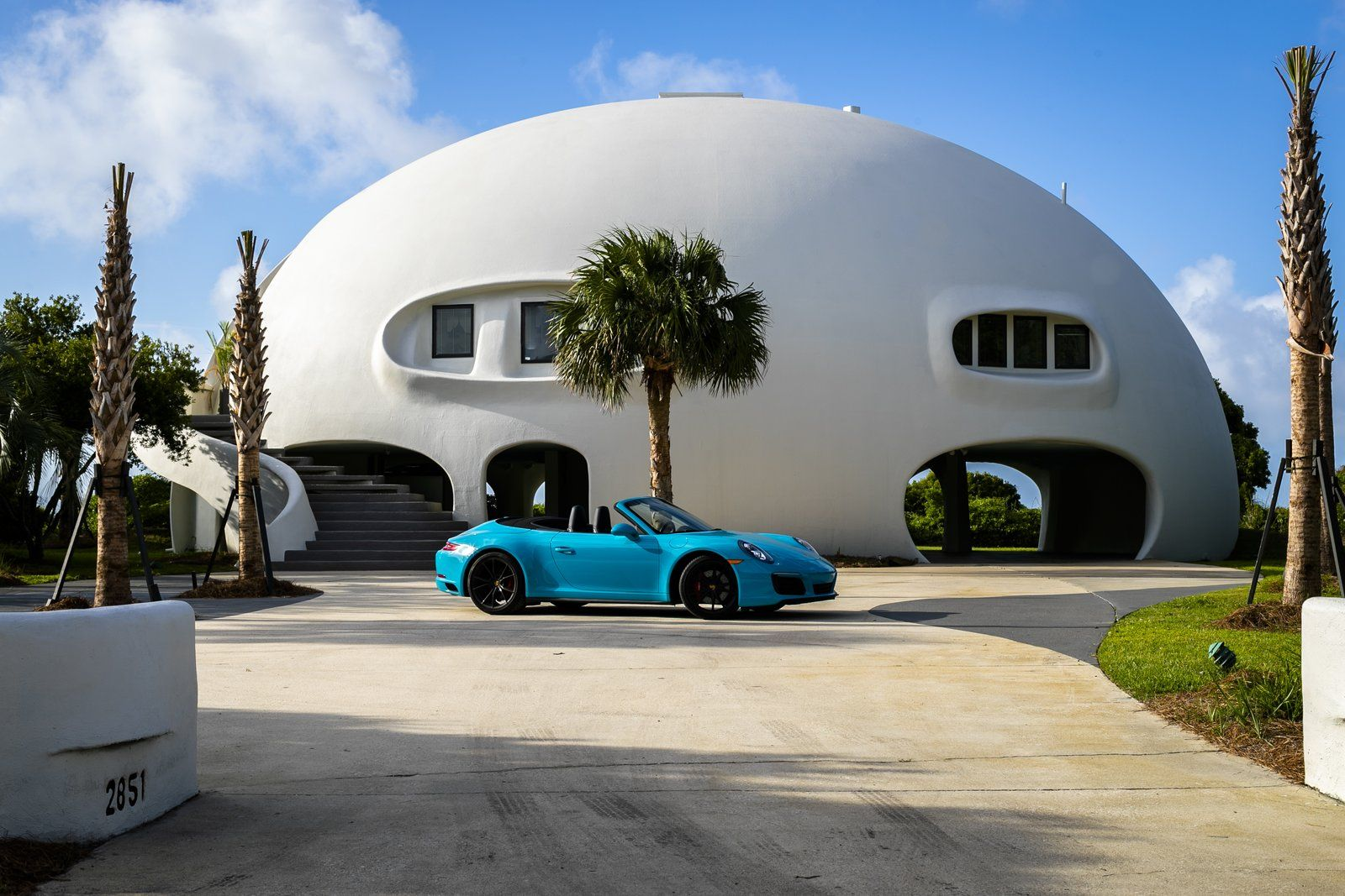 A Hurricane Resistant Dome House Near Charleston Asks 4 9m Dome House South Carolina Beach Houses Dome Home