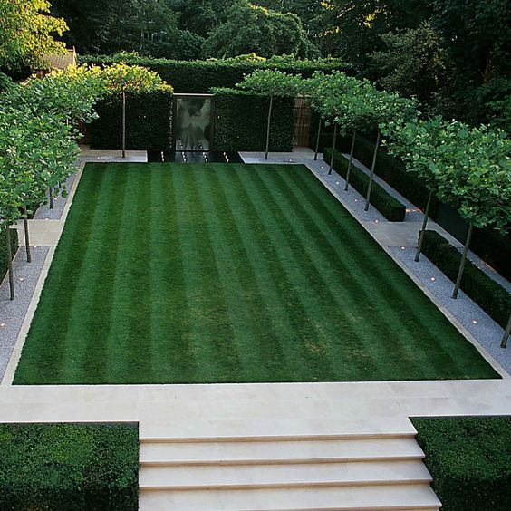 Modern Garden Design Ideas: How To Divide A Large Garden Into Sections With Lawn For