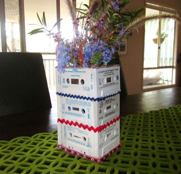 Upcycle This! 13 Things Made from Cassette Tapes #eco_friendly #diy #upcycle
