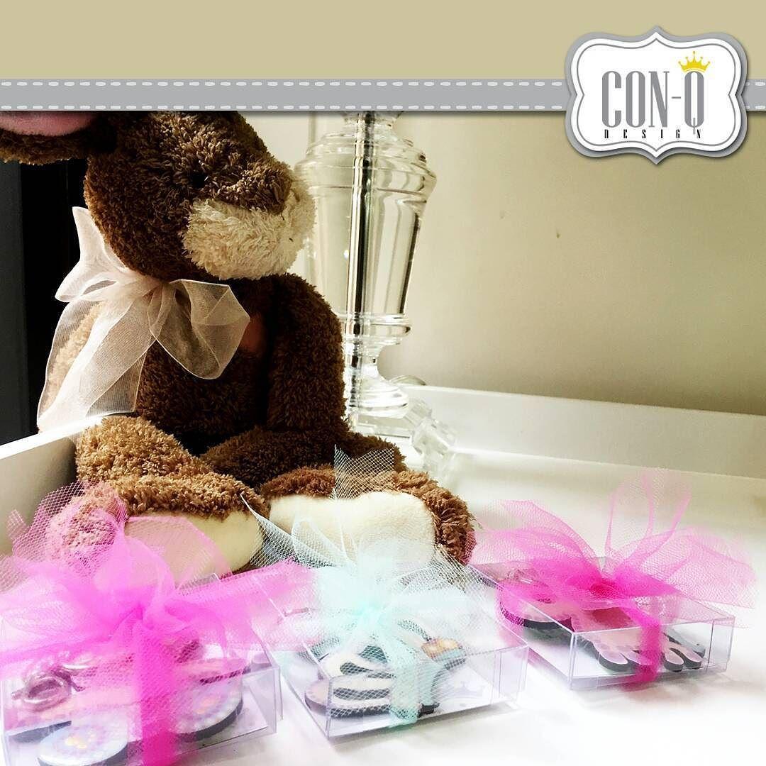 Así quedan listos para entregar!  Nuestros llaveros para recuerditos  de nacimientos baby shower o fiestas infantiles.  #ConQdesign  by @claudia_cassani  Pedidos vía email & whatsapp [ver perfil]