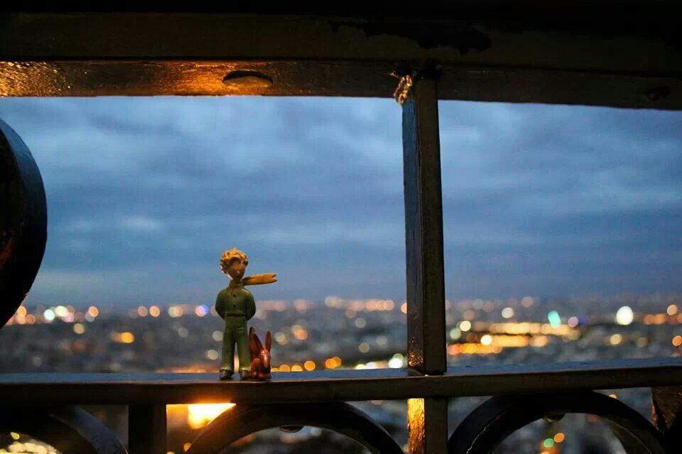 El Principito en la Torre Eiffel