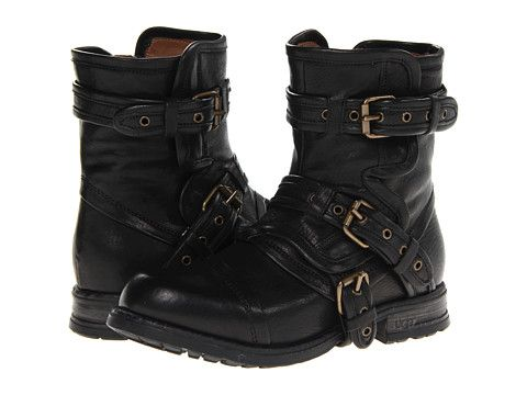 UGG Collection Elisabeta Black - Zappos.com Free Shipping BOTH Ways
