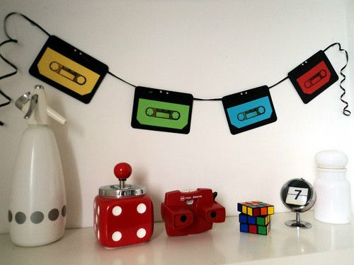 70 39 s or 80 39 s party decoration cassette tape bunting banner for Decoracion 70 80