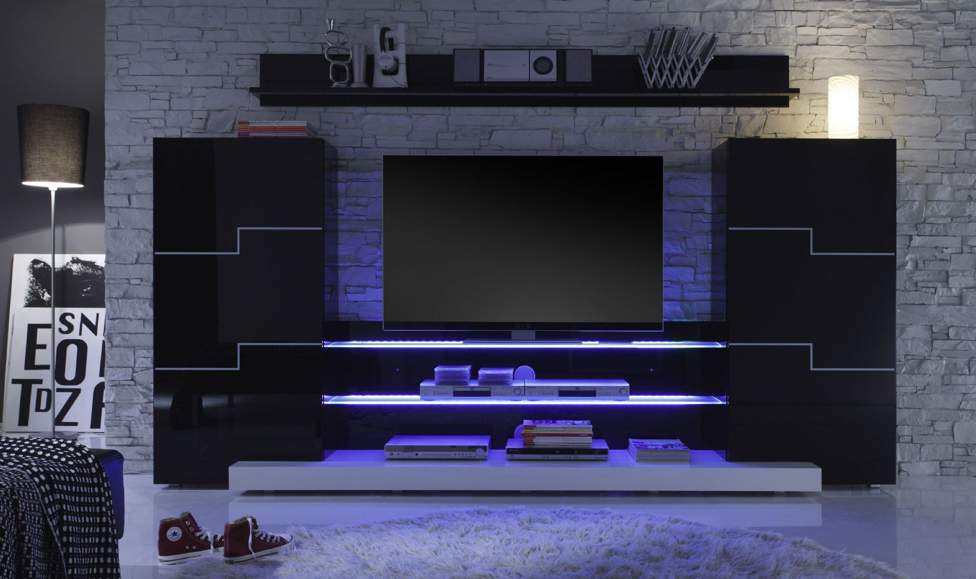Twin V5 955 09 Mit Zubehoer Frontal 300dpisss Jpg 1 943 1 152 Pixels Tv Showcase Design Tv Wall Design Tv Unit Design