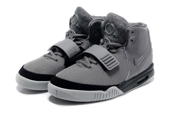 2013 Nike Air Yeezy 2 NRG Sneaker All Grey Black Mens Shoes