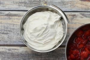 Stabilized Whipped Cream #stabilizedwhippedcream