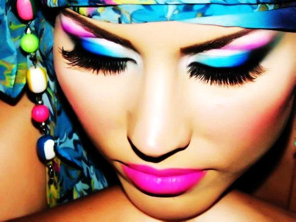 Mysterious Blue Eye Make-up