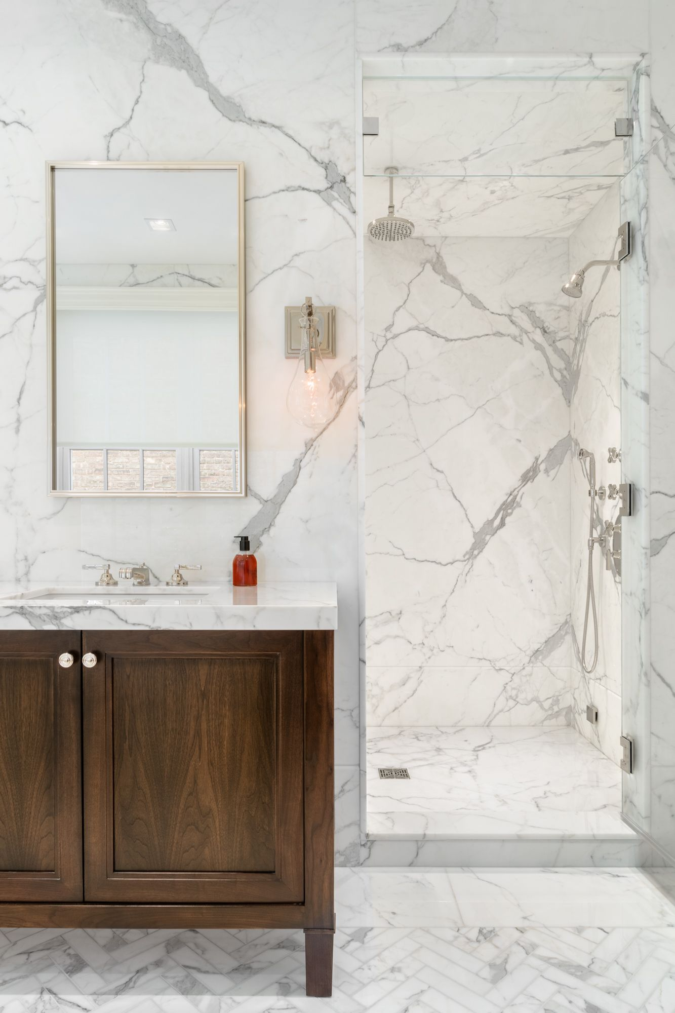 Calacatta Gold Marble Bathroom Images