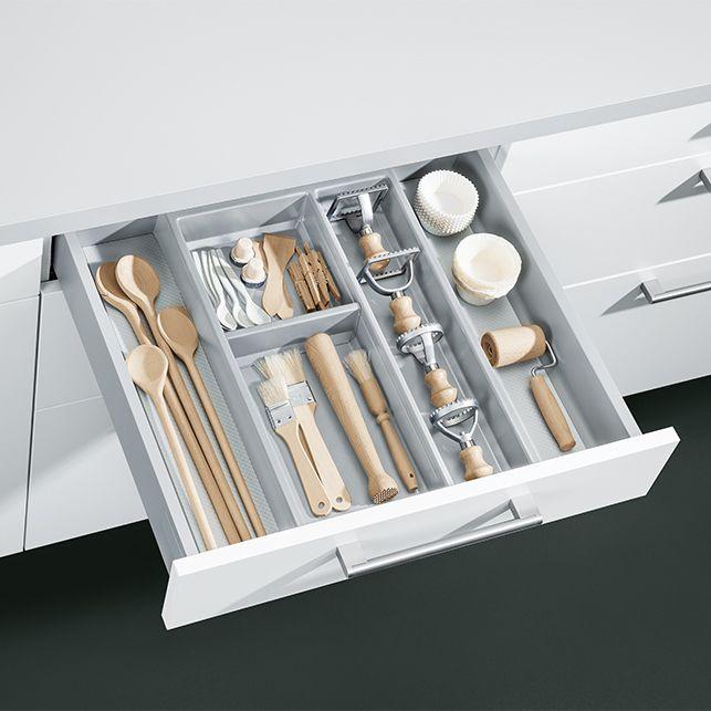 Clever Storage Solutions Schuller Kitchens Drawer Storage Means You Can Have Your Kitchen Your Wa Kuchenschrank Organisation Schrank Organisation Schubkasten