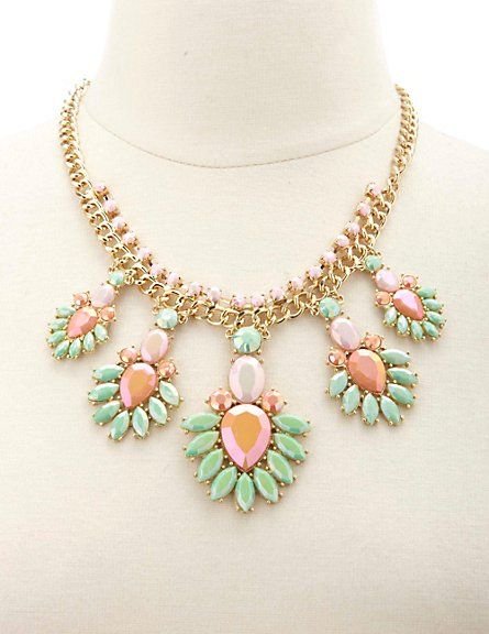 Faceted Flower Statement Necklace #CharlotteRusse #CRfashionista #flower #necklace