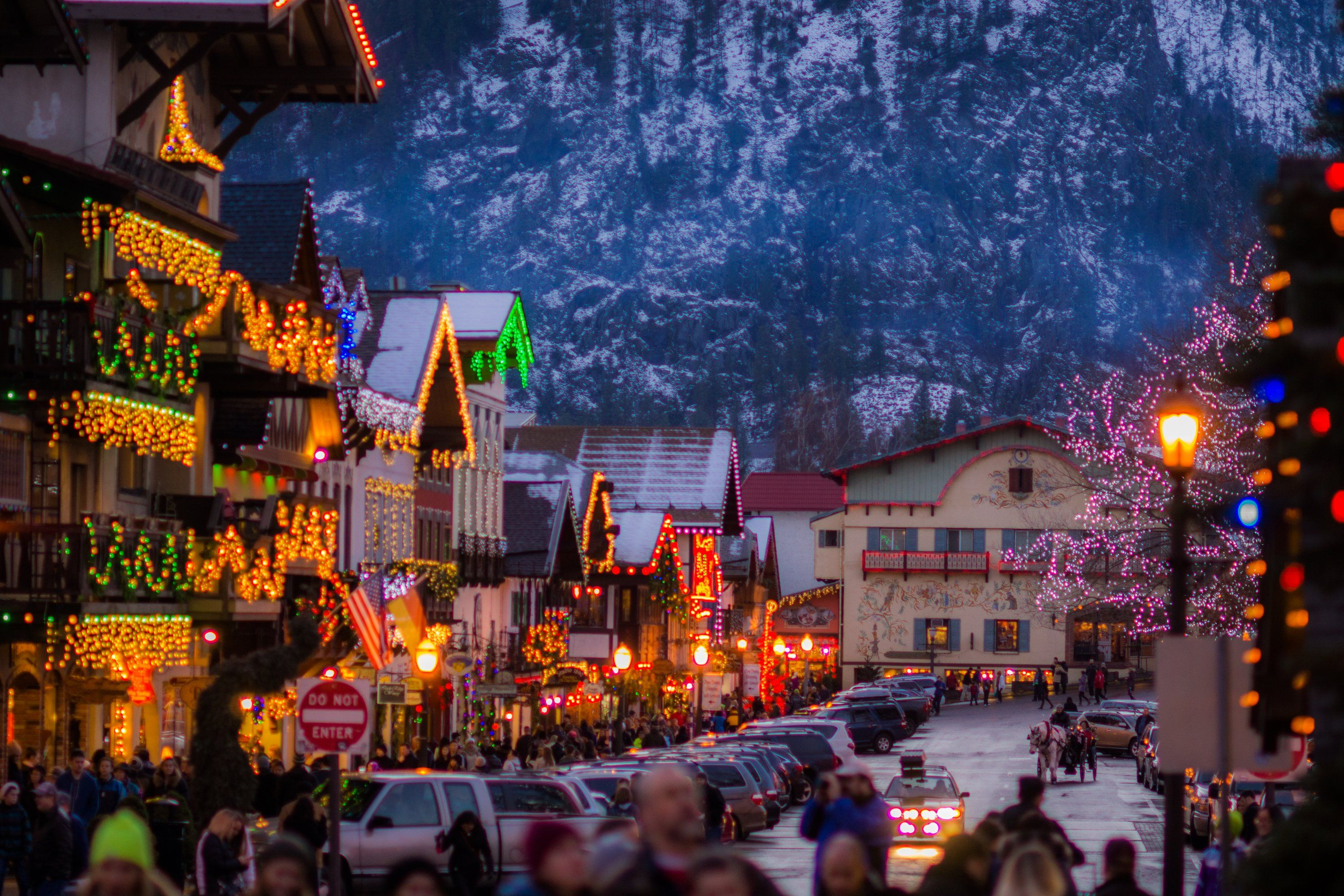 Leavenworth Christmas Lights.Christmas In Leavenworth Wa Photography In 2019