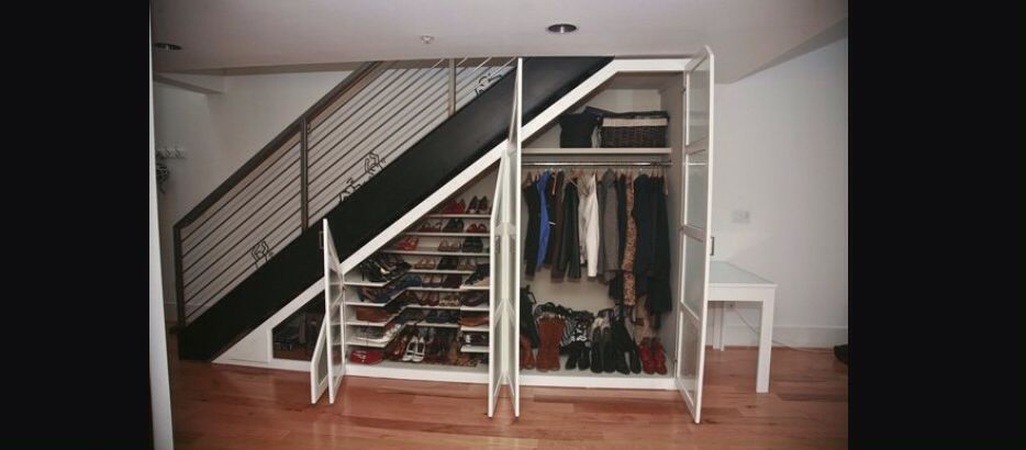 Ropero bajo escalera | Bajo Escaleras | Pinterest | Escalera, Bajos ...