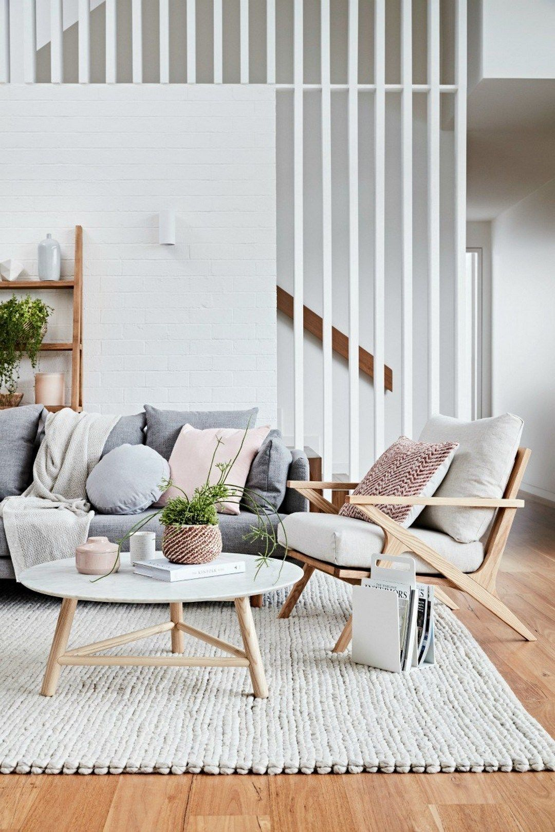 What S Hot On Pinterest Why Scandinavian Pastel Decor Unique Blog Minimalist Living Room Living Room Scandinavian Scandinavian Design Living Room