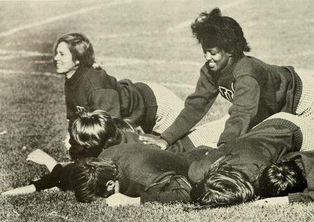 Umass Amherst Cheerleaders 1970 Cheerleading Olds Old School