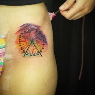 Ferris wheel tattoo buscar con google ferris wheel for Ferris wheel tattoo