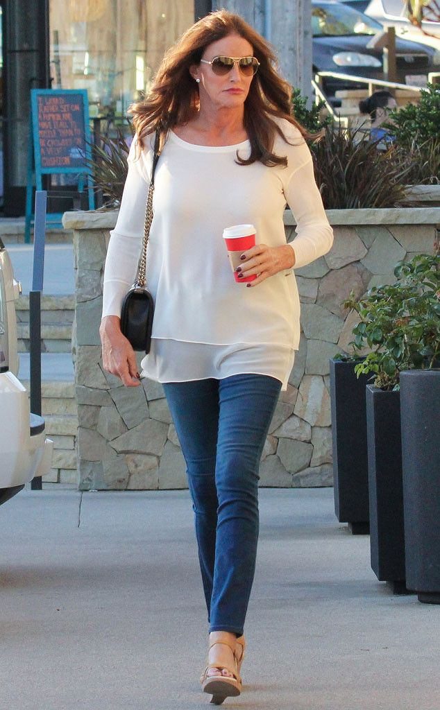 Caitlyn Jenner looked beyond chic in a cream-colored blouse, skinny jeans, nude heels and sleek aviator-inspired sunnies!