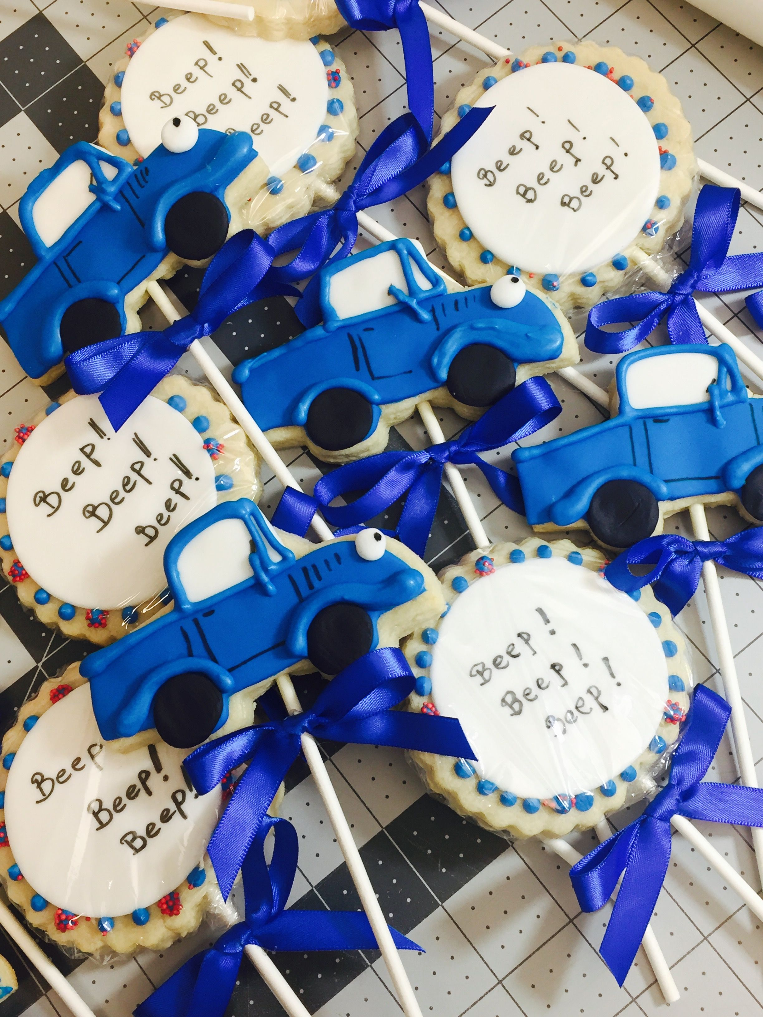 The little blue truck cookies Cookie favors