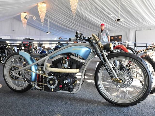 Don Weimer S Salt Flat Racer Called Defiance Vintage Hot Rod Corvette Blue Over Silver At The 2nd Annual Amd Invitationa With Images Motorcycle Magazine Custom Bikes Bike