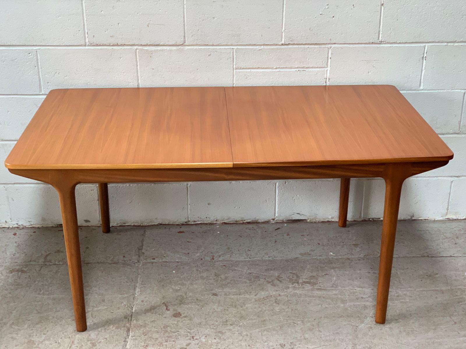 Esstisch Ausziehbar Tischgruppe Garten Tisch Und Stuhle Fur