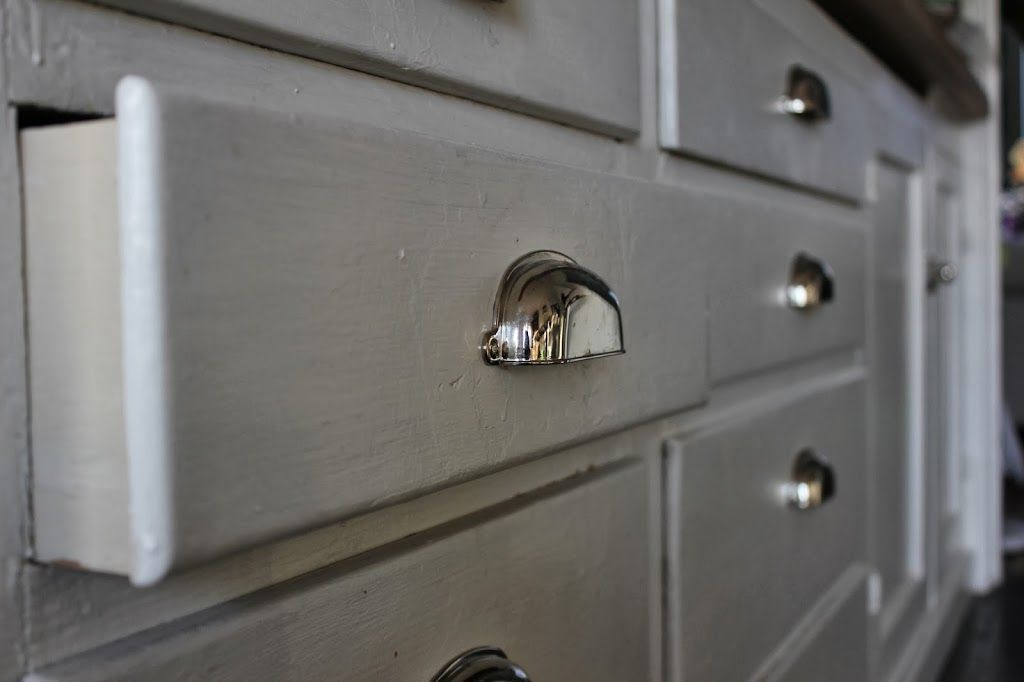 Diy How To Make Old Wood Drawers Slide Easier Hint It Involves A