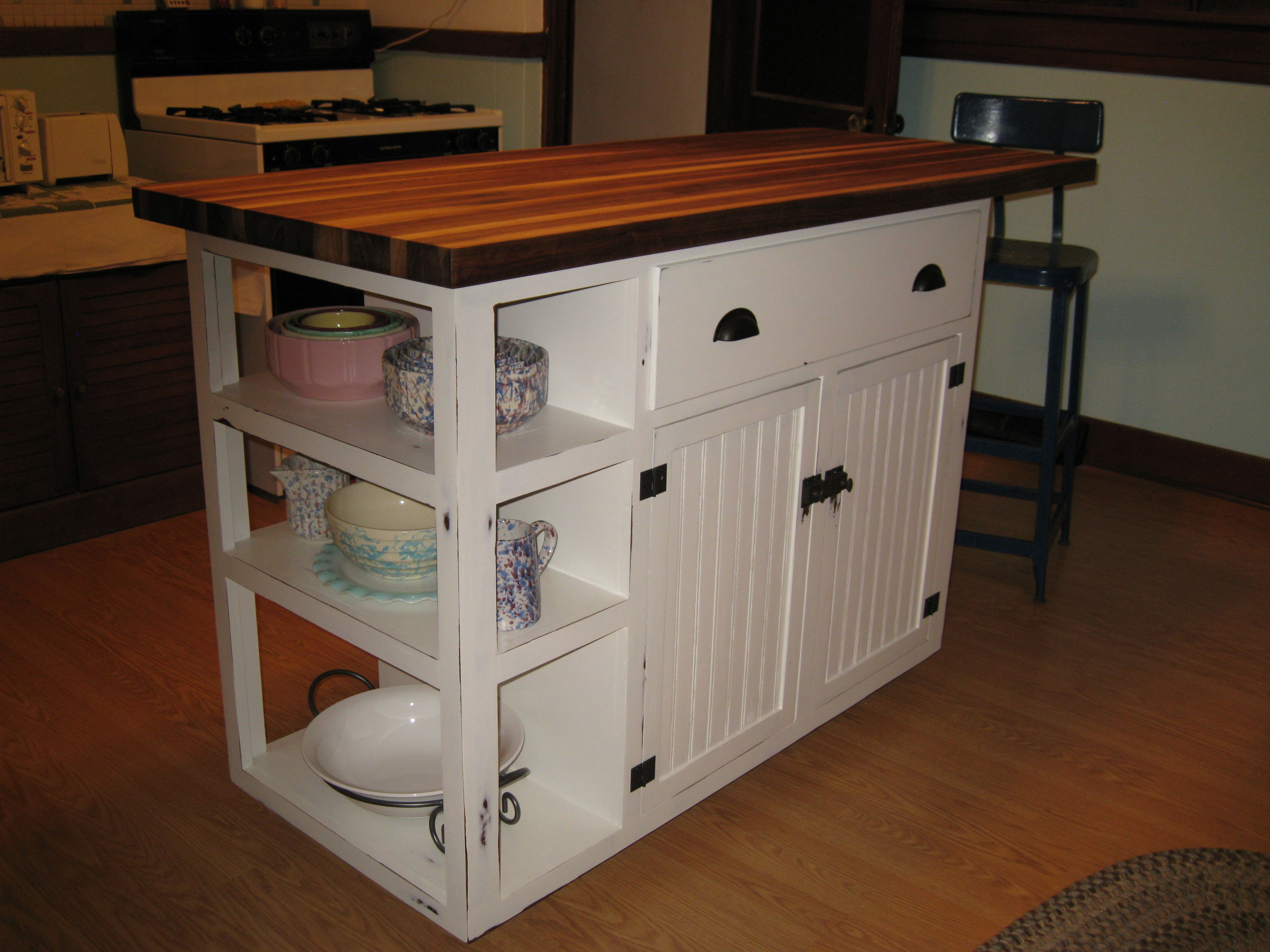 diy kitchen island kitchen island do it yourself home projects from ana white my style. Black Bedroom Furniture Sets. Home Design Ideas