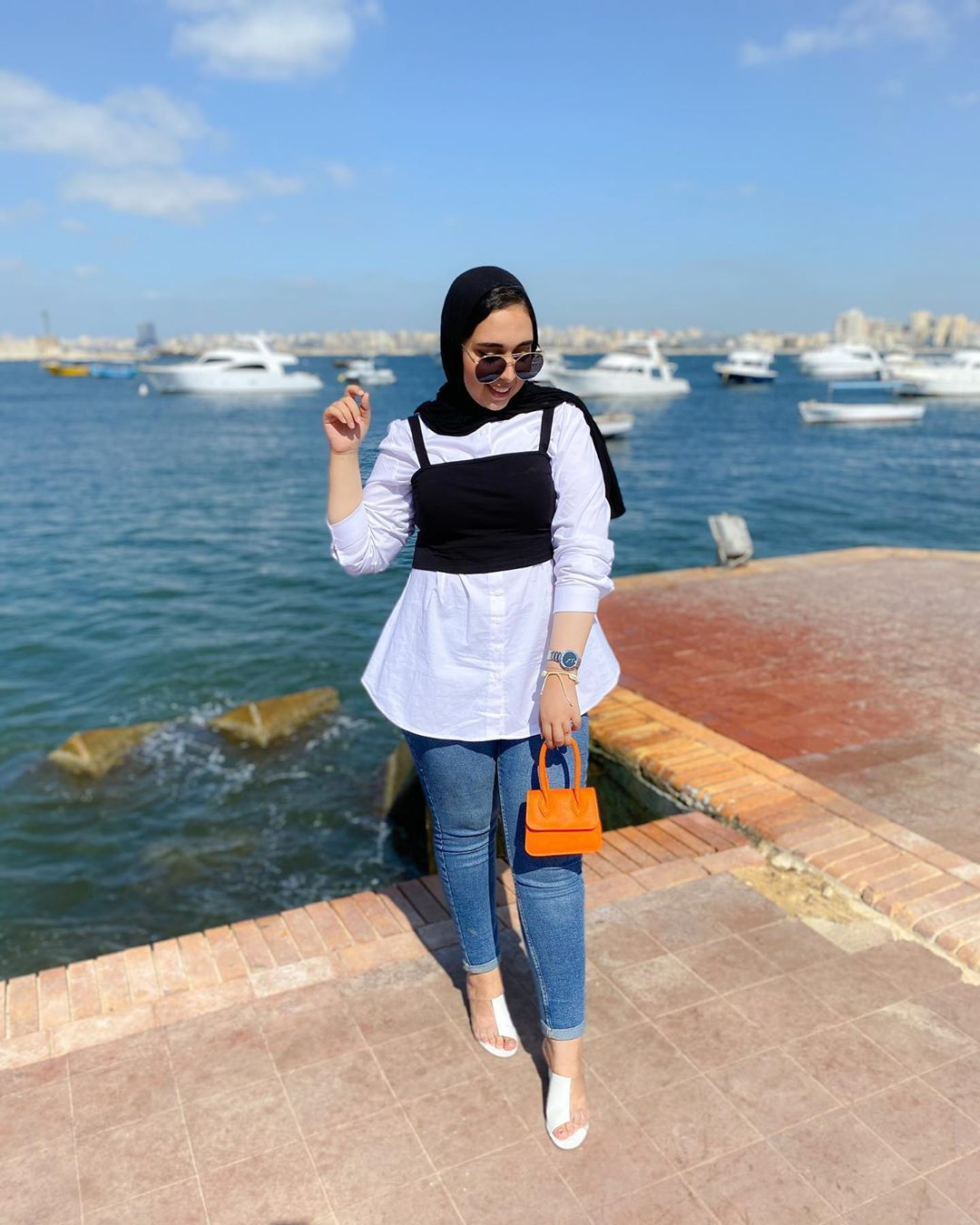 "Photo of 𝓡𝓪𝓷𝓲𝓪 𝓪𝓵𝓪𝓪 ♥︎ on Instagram: ""𝗚 𝗢 𝗢 𝗗  𝗠 𝗢 𝗥 𝗡 𝗜 𝗡 𝗚 🖤🧡🖤 • • • • • #fashion #fashionblogger #blogger #bloggers #hijab  #style #trend #fashionbloggers #fashionblog…"""