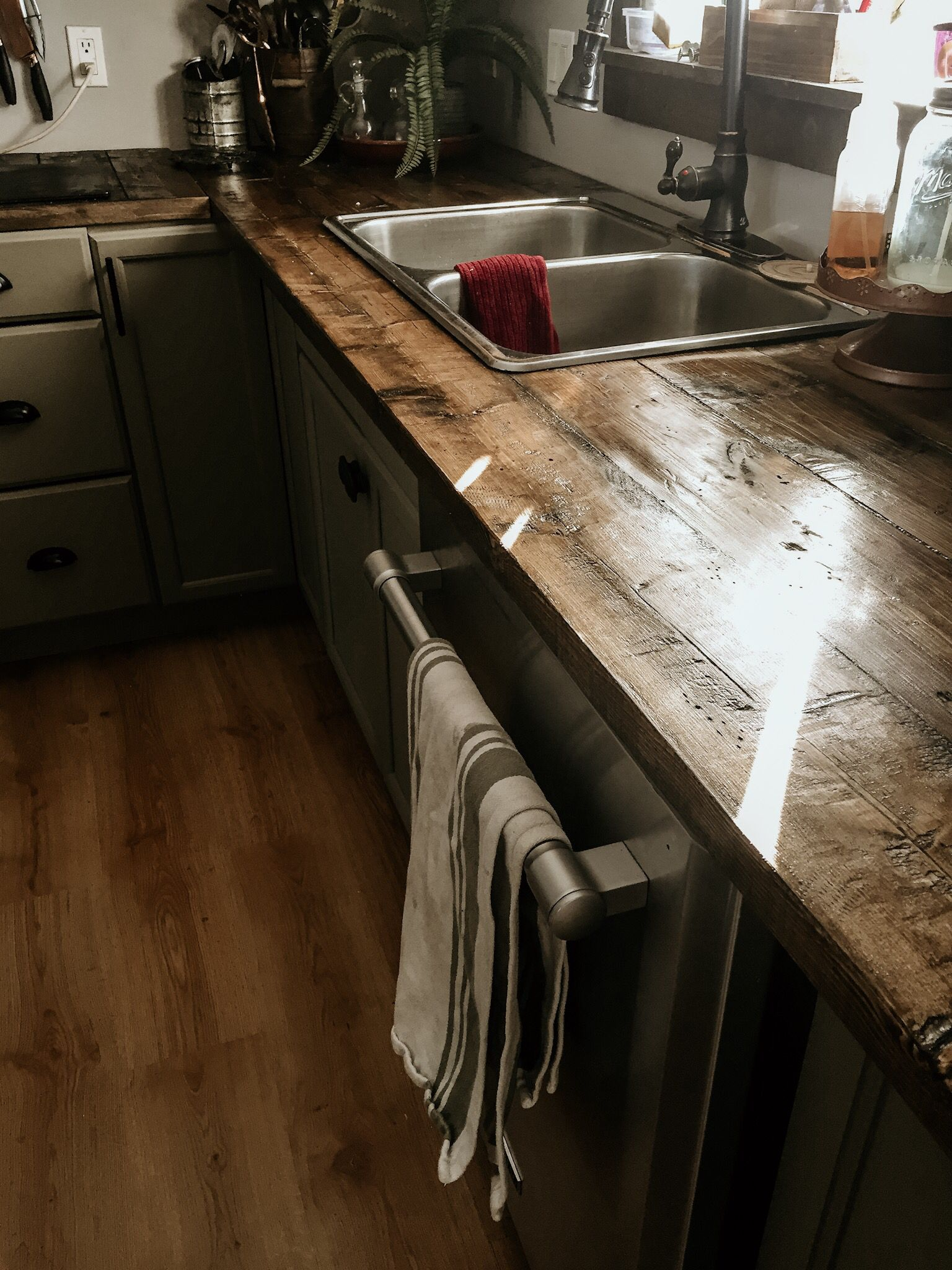 Rustic Diy Countertop For 50 In Wood And Under 100 In Supplies