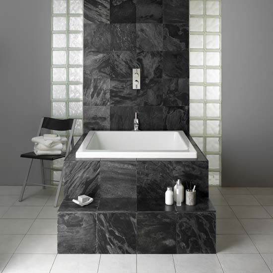 Merveilleux Deep Japanese Bath With Over Head Shower