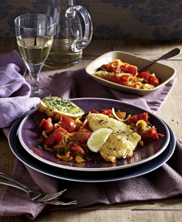 Unser beliebtes Rezept für Rotbarsch auf Tomatenzwiebeln und mehr als 55.000 weitere kostenlose Rezepte auf LECKER.de.