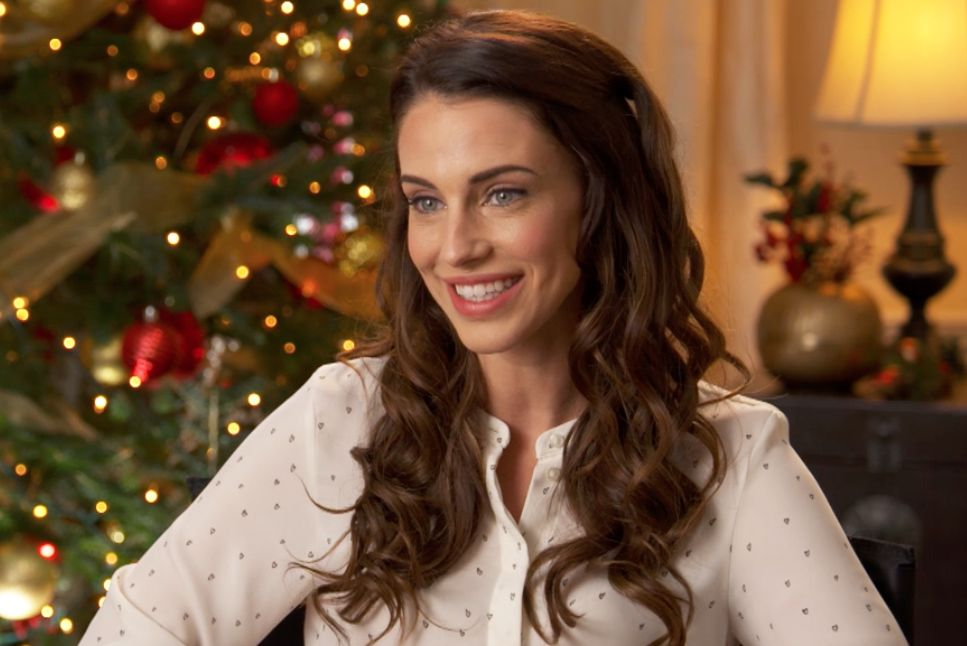Christmas At Pemberley Manor Cast.Jessica Lowndes Talks About Taking Little Trips In Between