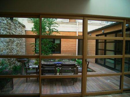 Maison loft en bois patios lofts and outdoor spaces - Maison avec jardin interieur ...