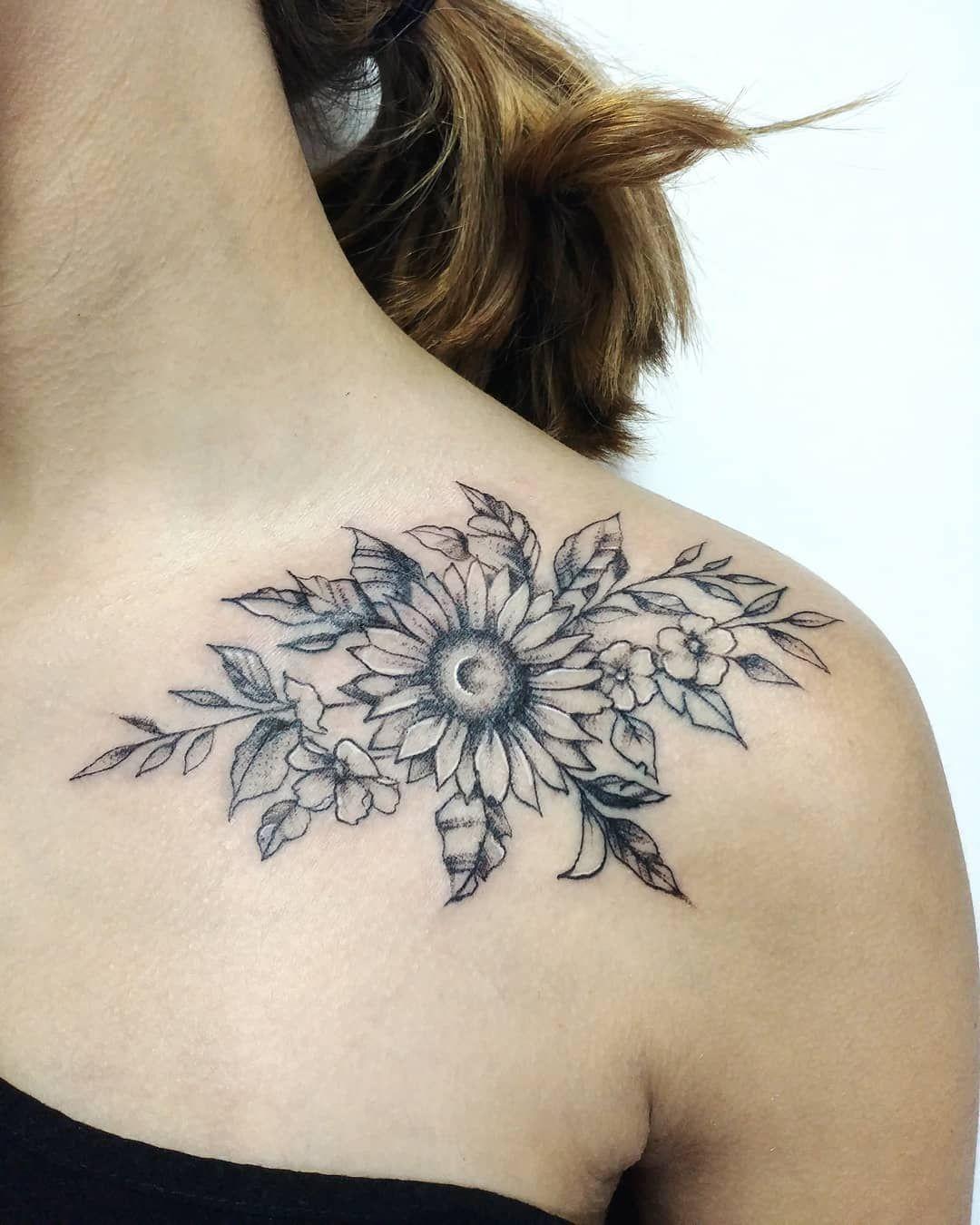 """Mariano Kreser on Instagram: """"Gracias x la confianza . . . #tattooed #tattooinked #tattoolife #tattooink #tattoo #tattooart #tattooing #linetattoo #hardwork #blackwork…"""""""