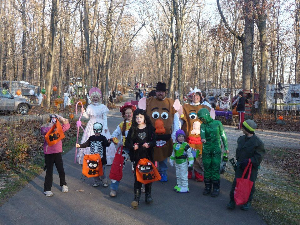Calling all ghouls and goblins!  High Cliff State Park is the place to be in late October for the Great Pumpkin event!  Click the photo for details!