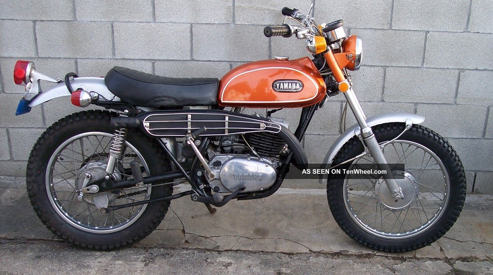 1971 yamaha dt1 250 enduro vintage off road bikes pinterest yamaha 250 vintage bikes and. Black Bedroom Furniture Sets. Home Design Ideas