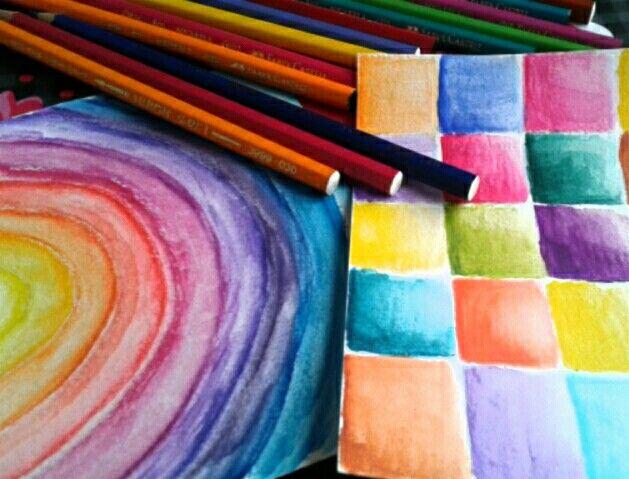 Watercolor pencils elcompapel.blogspot.com