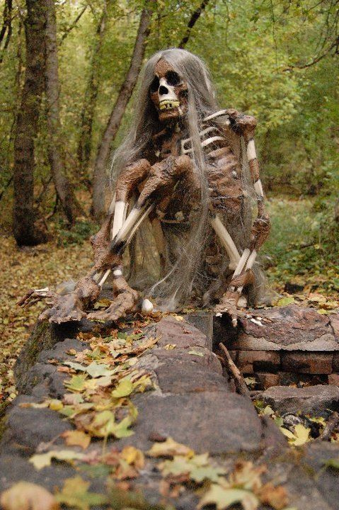 HALLOWEEN DECORATIONS / IDEAS  INSPIRATIONS Halloween Outdoor - michaels halloween decorations