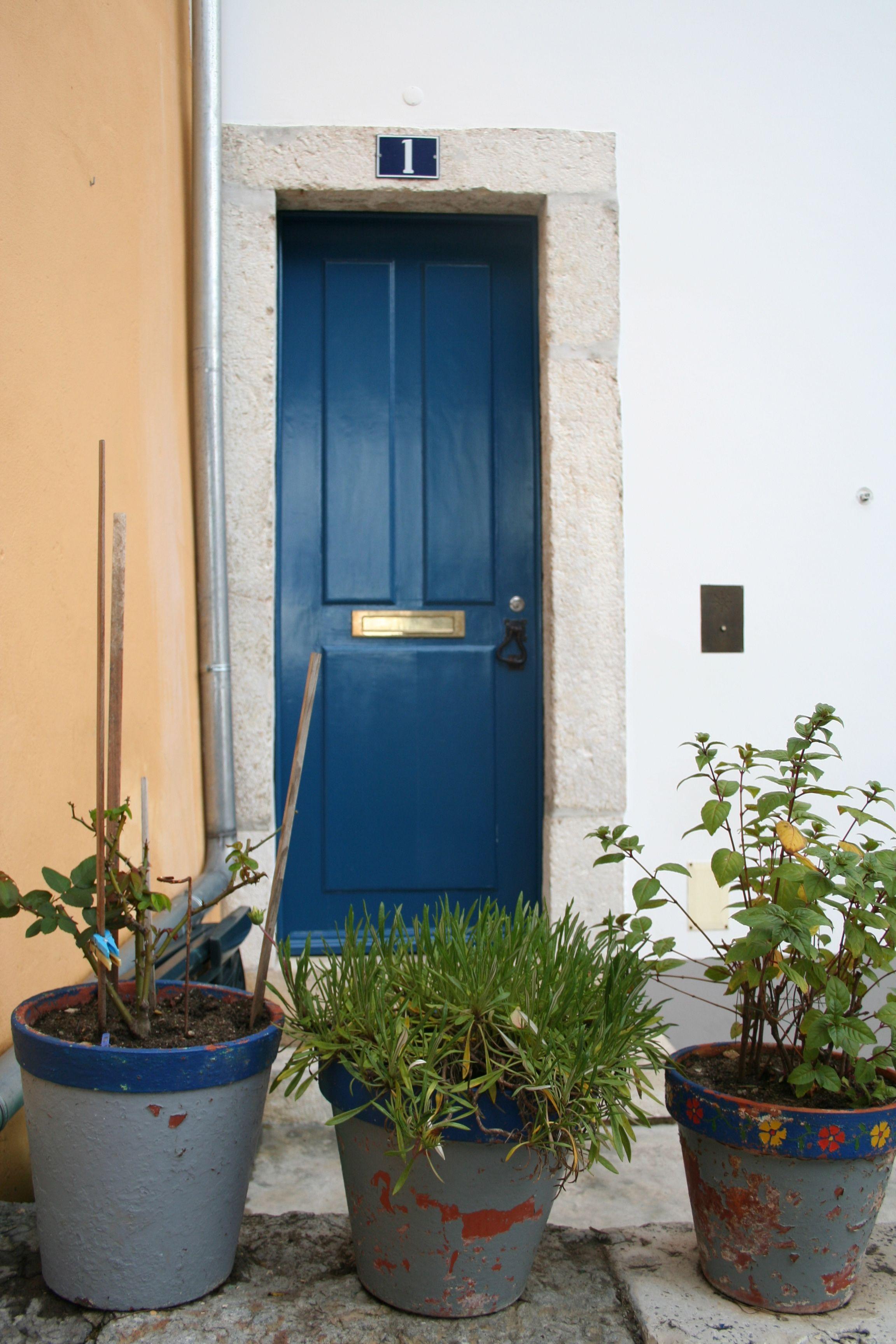 Lisboa, oud, blauw, deur, planten, entree - Blauw | Pinterest ...