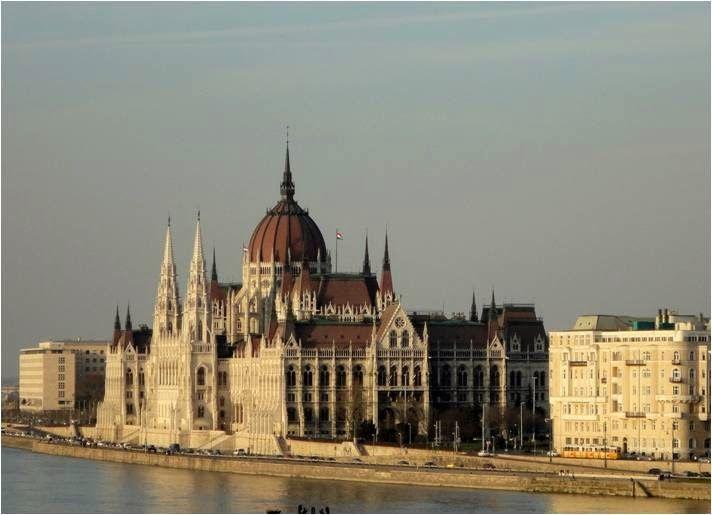Casinha colorida: Budapeste: visita guiada ao Parlamento Húngaro