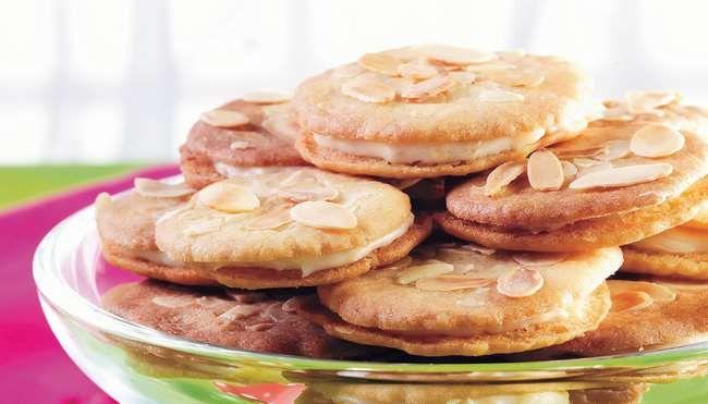 Appelsiinitäytteiset mantelipikkuleivät - K-ruoka
