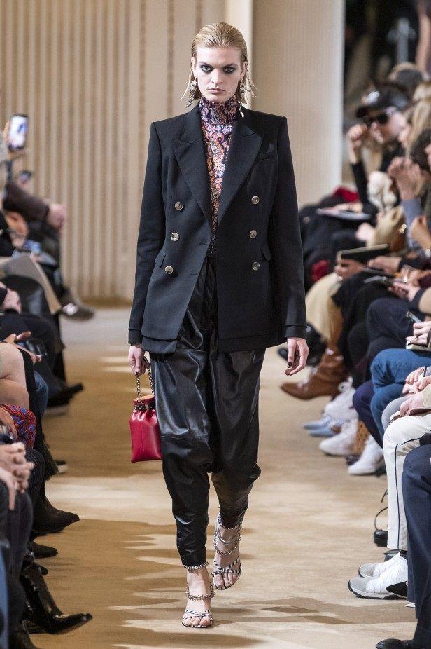 Tendenze moda autunno-inverno 2019: i 10 capi che non devono mancare nel guardaroba