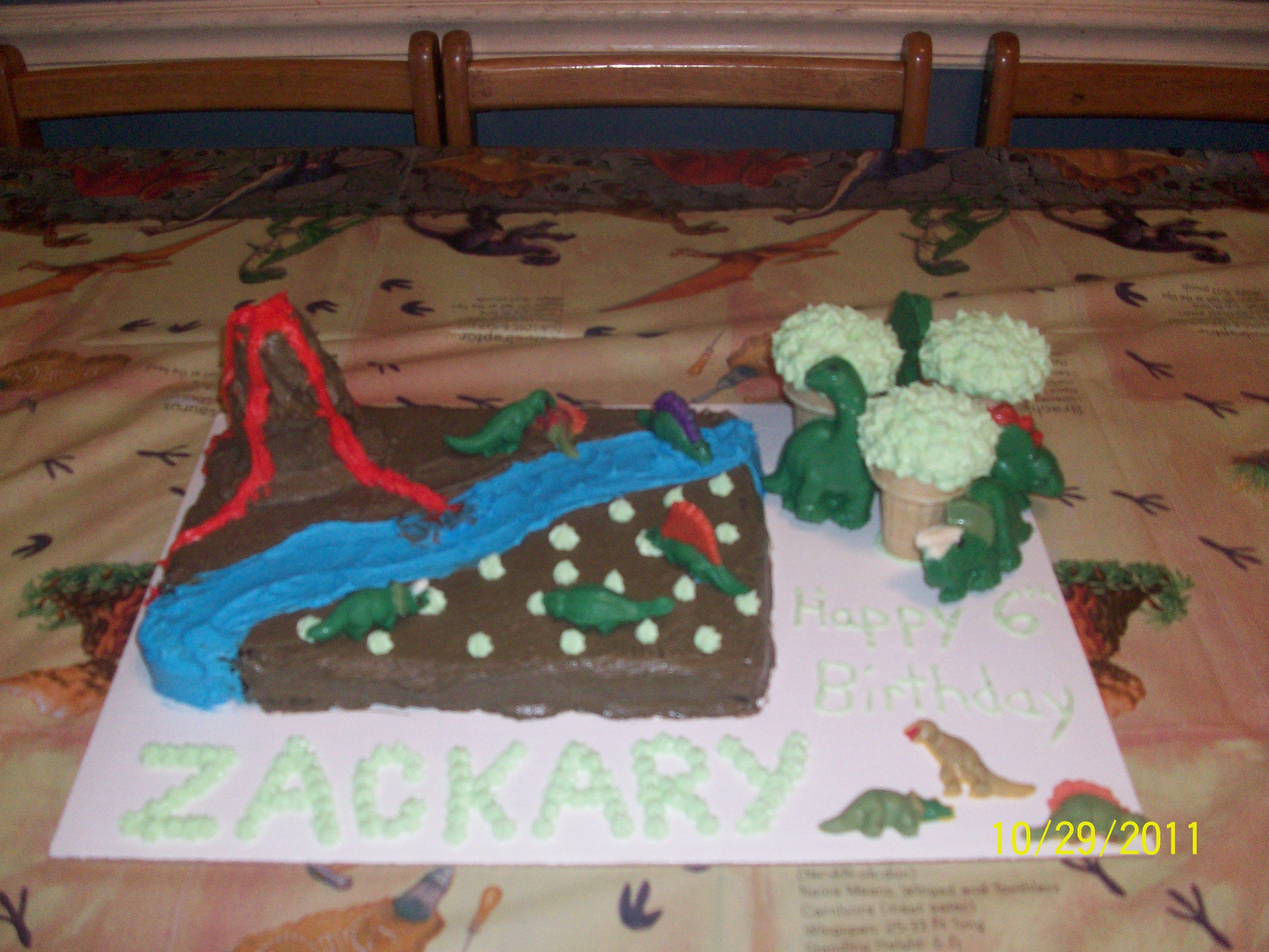 Dinosaur Birthday Cakes With Wilton Candy Melts Wiltoncontest Let
