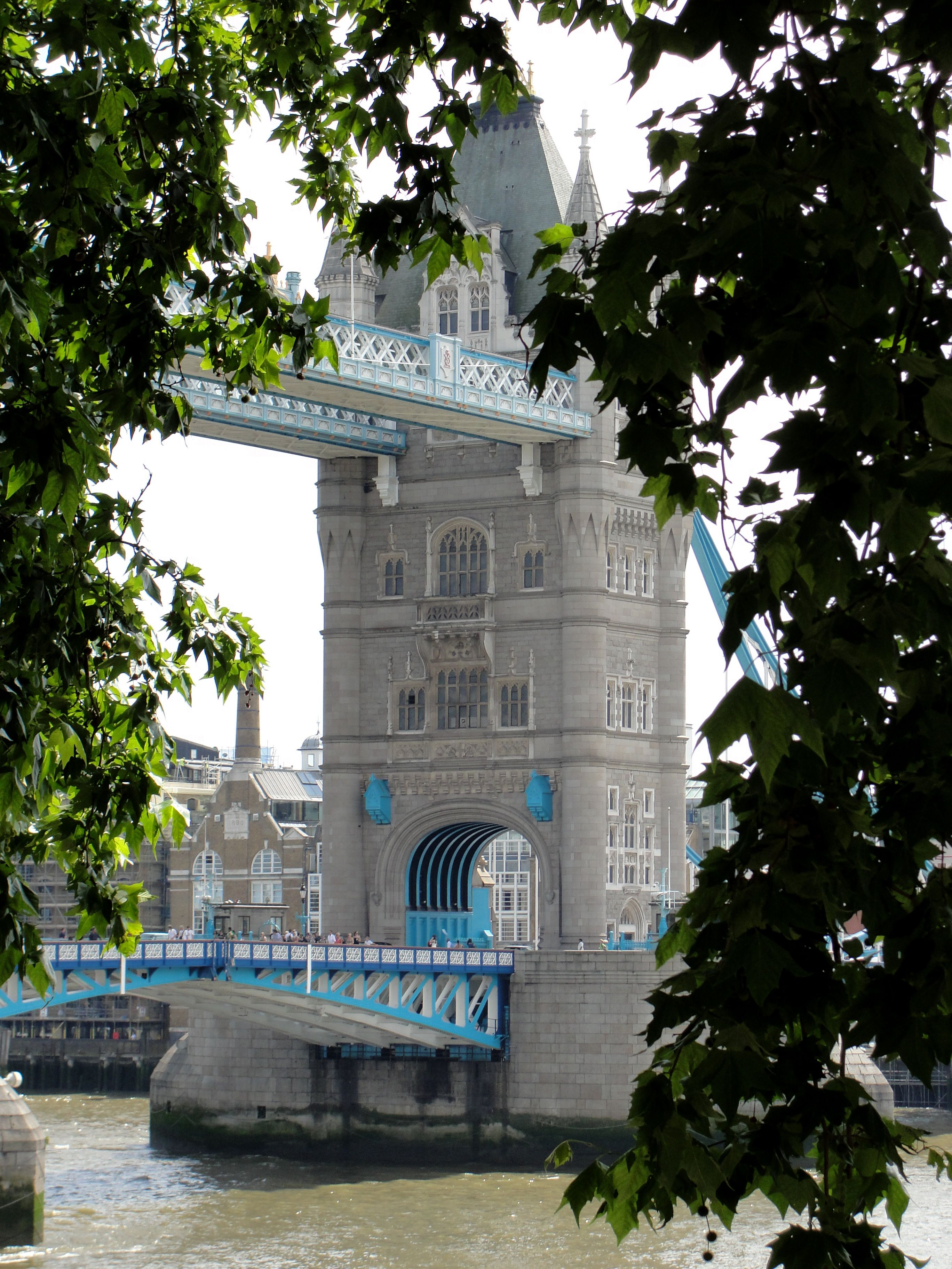 tower bridge in london will be on my list of places to go this
