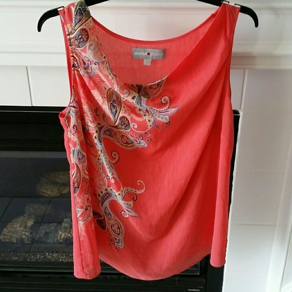 Coral colored tank Avenue Studio 18/20 Very comfortable,  flowy and a beautiful coral color with pretty paisley design. Avenue Tops
