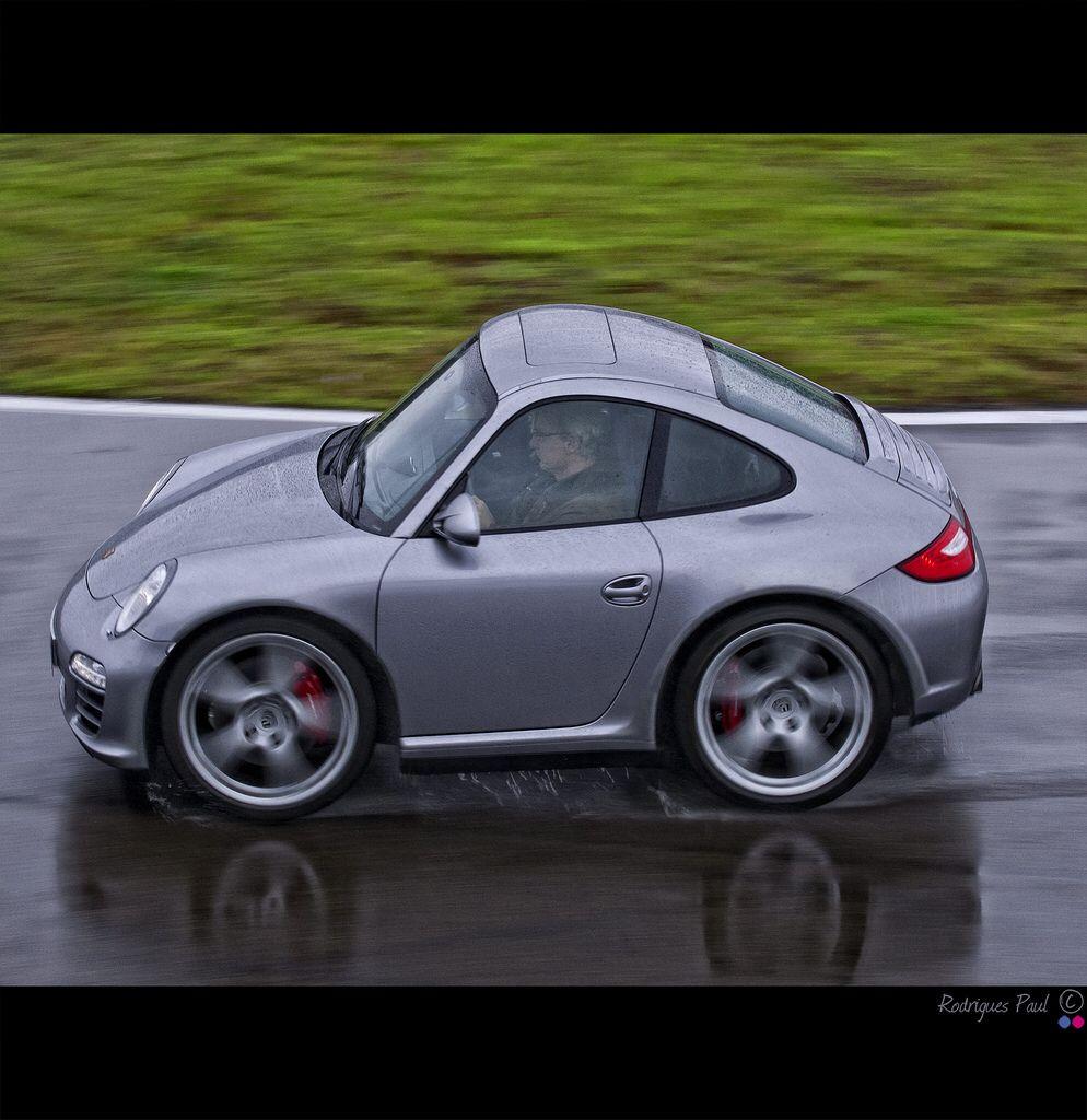 Mini Porsche 997 Carrera 4S