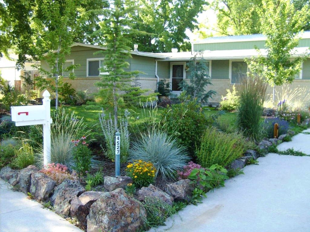 Landscaping ideas for front yard colorado xeriscape on for Front garden plant ideas