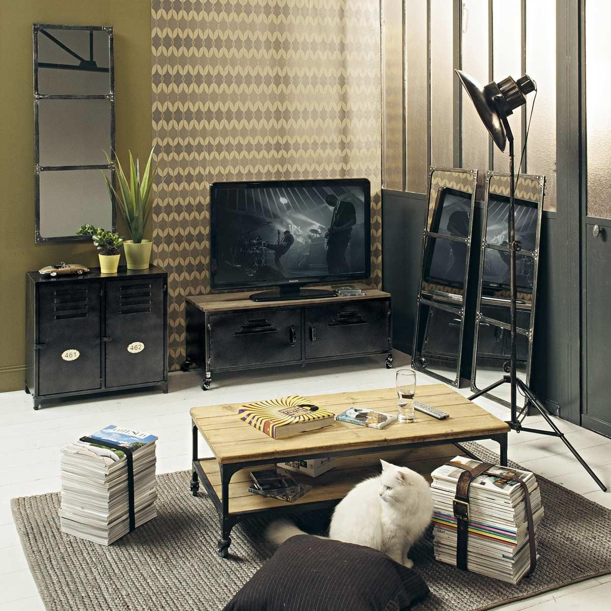 roll tv lowboard im industrial stil aus metall und tanne industriedesign pinterest tv hifi. Black Bedroom Furniture Sets. Home Design Ideas