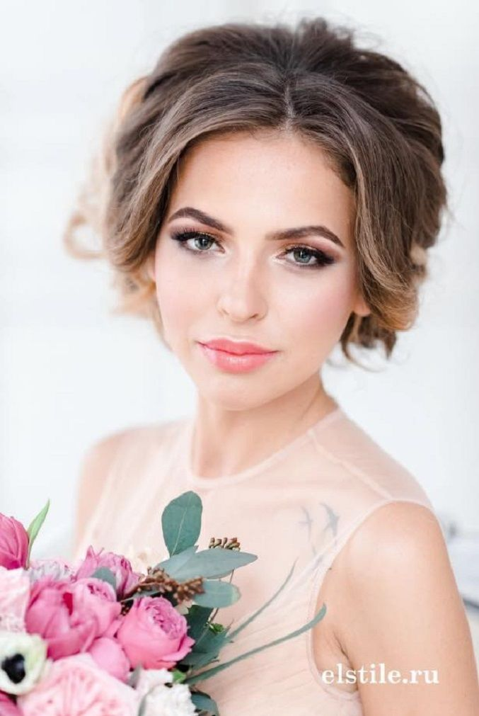 Pretty Updo wedding hairstyles | Wedding Hairstyle Ideas For the Bride | fabmood.com #weddinghair #bridalhair #hairstyles #upstyle #updo #weddinginspiration #weddingideas #looseupdo