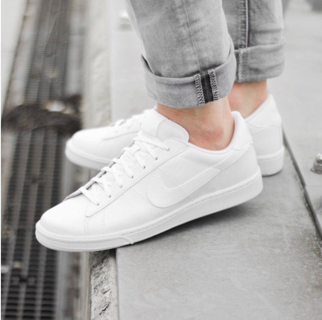 Pin on Nike Fashion sneakers